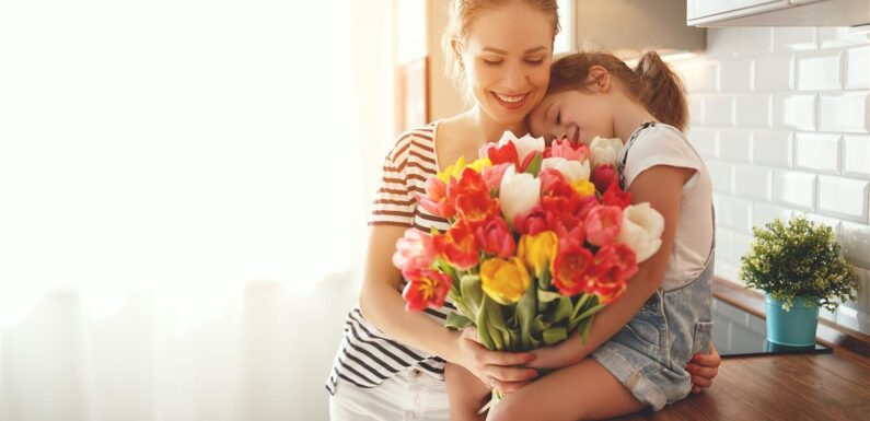 Anneler Günü Çavuşbaşı Çiçek Hizmeti